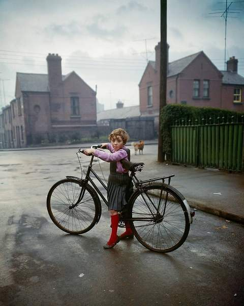 Evelyn Hofer Street Photography